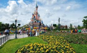 2020-Disneyland-open-kasteel
