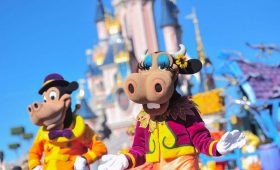 Disneyland-parijs-parades-in-disneyland-paris