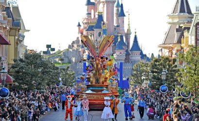 Disneyland-paris-disneystars-on-parade