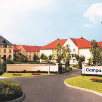 Hotel Campanile Val de France